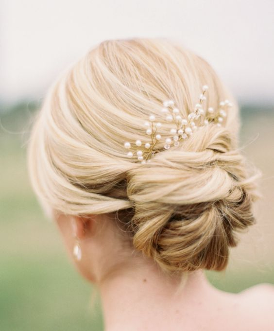Wedding Hairstyles Bun: 10 Stunning Updos For Your Big Day · Wayfarers Chapel