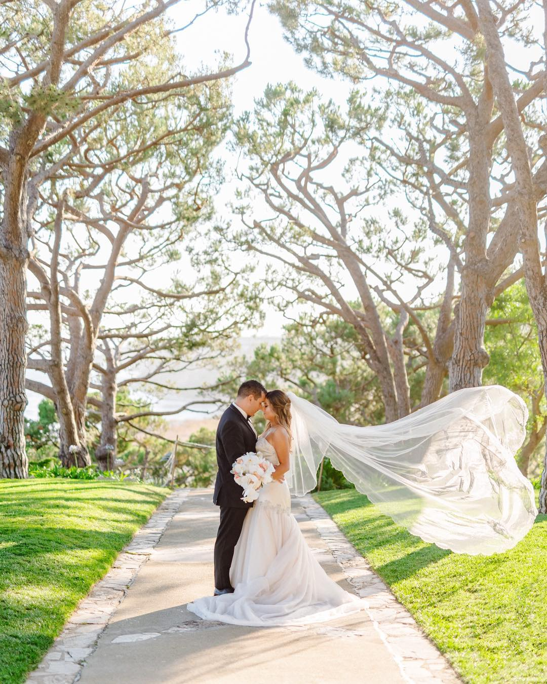 6 Showstopping Wedding Dresses For The Glamorous Bride