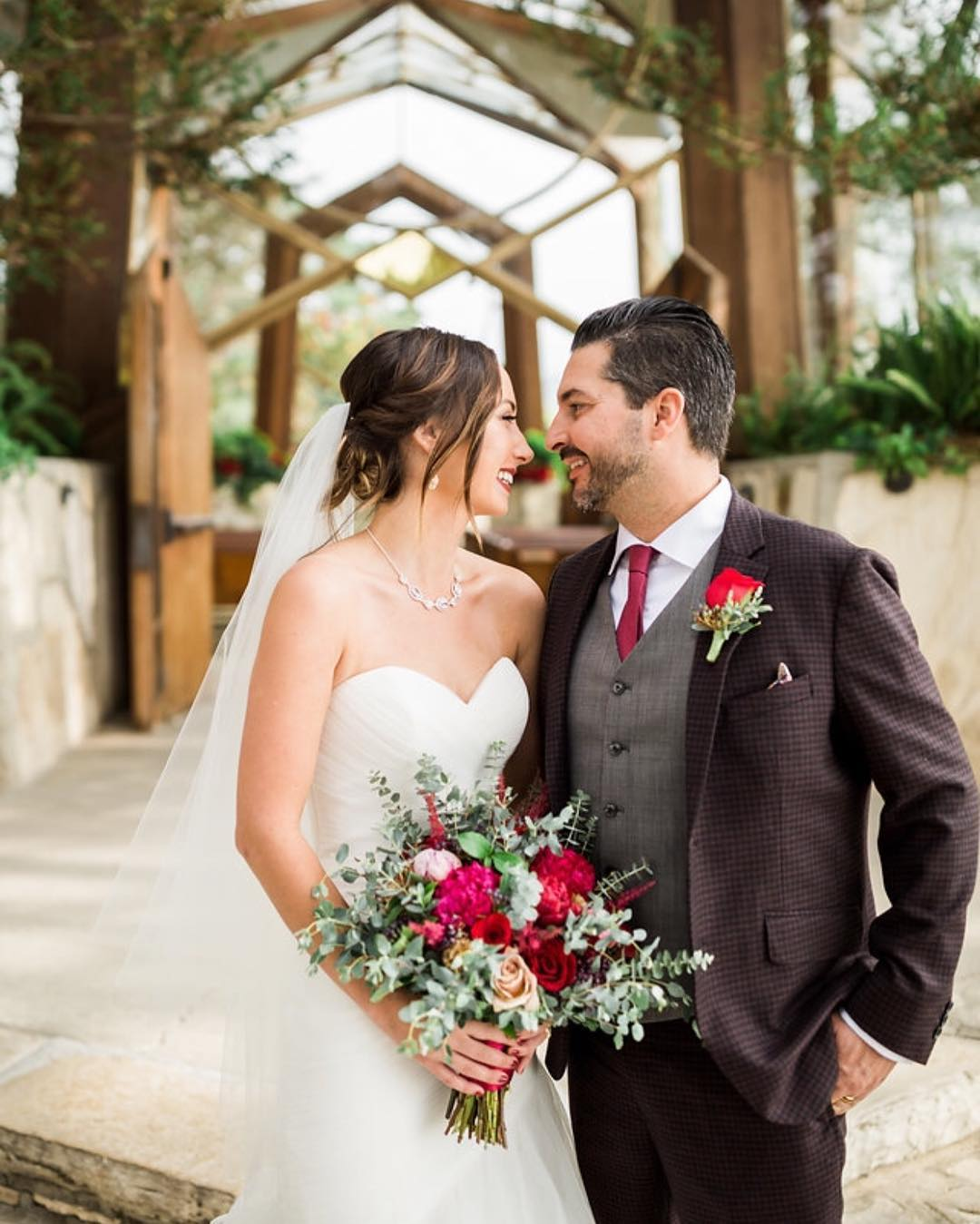 Tasteful Valentine S Day Wedding Ideas Wayfarers Chapel,Fall Dresses For Wedding
